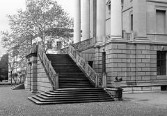Escalier (でんたく) Tags: winterthur switzerland suisse olympus om ilford black white escalier architecture semper gottfried stadthaus