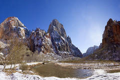 Zion Nationl Park: Cable Mountain and Great White Throne, Utah (swissuki) Tags: zion national nature park landscape us ut utah cable mountgain geratwhitethrone virgin river
