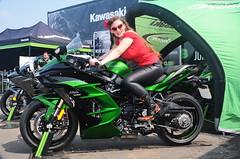 Holly_0543 (Fast an' Bulbous) Tags: kawasaki bike biker chick babe moto motorcycle fast speed power superbikejapanesegirlwomanhotsexychickbabelongbrunettehairleatherleggingshighheelsbootdpeopleoutdoorsantapodmodelpin up ninja h2