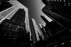 New YorkBW0929 (schulzharri) Tags: new york usa city town stadt hochhaus skyscraper black white schwarz weis architektur architecture wolkenkratzer himmel