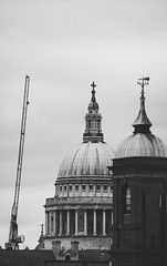 (Craperture91) Tags: gbr london city urban landmark street black white monochrome nikon d5300 england captial