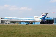 RA-85697 (PlanePixNase) Tags: hannover eddv haj aircraft airport planespotting langenhagen sibir tupolev tu154 t154