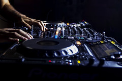 DJ is busy (Y.K. Photography) Tags: photographer photography photooftheday picoftheday photoshoot dubai dubaiphotographer canonforum canonphotography disco dubaitravel dubailife dj nightphotography