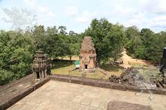 Angkor_Bakong_2014_24