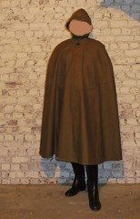 ccChi-be-06 (rainand69) Tags: cape umhang cloak pèlerine pelerin peleryna regencape raincape rubbercape capecaoutchoutée