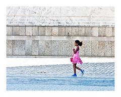la demoiselle (Marie Hacene) Tags: lavillette paris rue street fille enfant robe tutu architecture