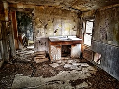 what if I had been the one to say goodbye? (BillsExplorations) Tags: window abandoned decay abandonediowa windowwednesday forgotten ruraldecay ruraldeterioration abandonedhouse ifidbeentheone lost