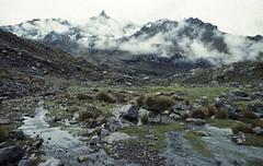 Os sentidos abertos ao sublime (Tuane Eggers) Tags: sentidos sublime montanhas nuvens andes ausangate tuaneeggers 35mm film