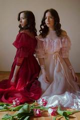 twins (Melodyphoto3) Tags: photo photography art artphoto fineart vintage dress portrait woman model canon canon50 canon85 twins sisters tulip