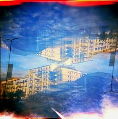 [Holga e le Sue Sorelle] Palermo (Urca) Tags: holgalomo3201809250010palermo italia 2018 palermo holga lomo doppiaesposizione doubleexposure analog analogico 120 6x6 square medium multi film filmisnotdead toycamera