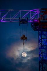Urban Moon (NathalieSt) Tags: europe france hérault lagrandemotte languedocroussillon occitanie lune moon night nikon nikonz6 nikonpassion nikonphotography nuit z6