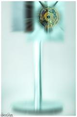 B&O BeoSound 9000 (Reto Previtali) Tags: music bo bangolufsen edelmarke dänemark edel produkt technik industrie zoom nikon nikkor sigma digital flickr unscharf symetrie geometrie fuss art fun creativ weiss cd santana schwarz