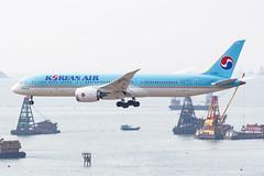 KOREAN AIR B787-9 DREAMLINER HL7206 004 (A.S. Kevin N.V.M.M. Chung) Tags: aviation aircraft aeroplane airport airlines plane spotting hkg landing approach boeing b787 dreamliner b7879 beacon