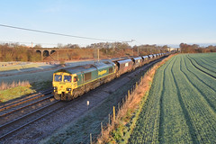 66558-Daresbury-9.1.19 (shaunnie0) Tags: 4v20 66558 freightliner coal gm generalmotors fred railfreight heavyhaul daresbury wcml