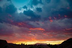 cae la noche sobre Santiago (Gerson Bolivar) Tags: noche colores atardecer cielo sky sunset santiago hdr canon 77d nubes nube clouds outside bluesky coloredsky