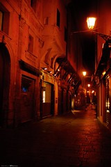 Voyage en Italie 2018   0856 (Distagon12) Tags: italy italia italie sonya7rii summilux street streetphoto strada rue night nuit nightphoto nacht notte noche wideaperture bologna bologne