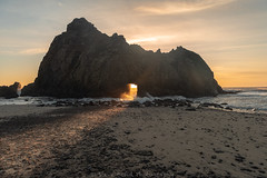 _8100119 (captured by bond) Tags: pfeifferbeach bigsur keyholerock thelight thatlight light ocean oceanscape rock pacificocean capturedbybond
