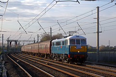 86259 Winwick 13th April 2019 (John Eyres) Tags: 86259 les ross with return pennine blackpool express 1z88 1618 hellifield goods loop euston 130419