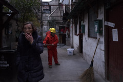 Nameless (Spontaneousnap) Tags: spontaneousnap street shanghai china city like candid documentary people publicareas lifestyle 上海 leicaq takeabreak afternoon asia smoking