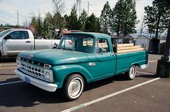 Early 60s Ford F100 (creepingvinesimages) Tags: htt pickup truck ford f100 60s green outdoors parkinglot sherwood oregon nikon d7000 pse14 topaz