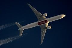 Emirates Boeing 777 A6-ECG (stephenjones6) Tags: aircraft aviation boeing b777 b77731her emirates a6ecg msn35579 nikon d3200 contrail chemtrail vapour vapourtrail vapourtrails ott blue sky skywatcher dobsonian telescope extremespotting uae unitedarabemirates highaltitude high highflyer jet overthetop