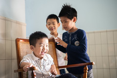 DSC_0433 (Y.S. Lien) Tags: love child children childhood play happiness smile kaohsiung taiwan 愛 孩童 童年 玩耍 天真 笑容 高雄 台灣