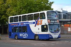 McGill's 6904 KFZ33 (Will Swain) Tags: glasgow buchanan street bus station 22nd september 2018 buses transport travel uk britain vehicle vehicles county country scotland scottish north mcgills 6904 kfz33 lj05bna arriva london dw121
