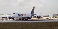 Boeing 747-8 (N854GT) Atlas Air (Mountvic Holsteins) Tags: boeing 7478 n854gt atlas air mia miami international airport florida
