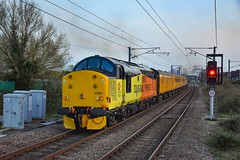 37521 + 37175 - Cambridge North- 01/04/19. (TRphotography04) Tags: colas rail freight 37521 37175 open up through cambridge north topntailing 1q90 1518 derby rtcnetwork ferme park recp network test train