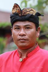 Indonésien à Bali. (jmboyer) Tags: ba401 ©jmboyer bali indonésie portrait asie asia travel canon géo