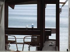 Вид на море (unicorn7unicorn) Tags: море ресторан бутылка wah