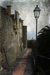 a Cervo con Madeleine (fotomie2009) Tags: liguria italy italia riviera ligure ponente cervo village street lamp lampione textured ipiccy mura