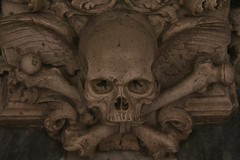 Time Changes (David K. Edwards) Tags: skull crossbones grave gravesite church femur mezquita cordoba