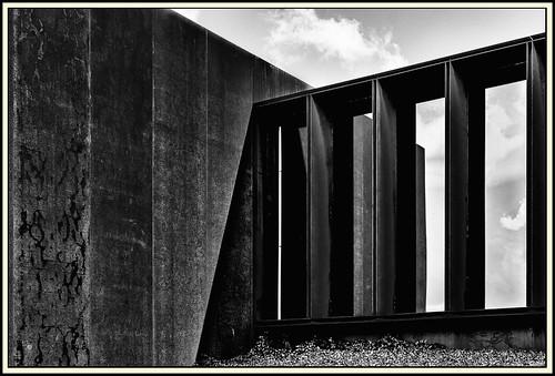 Lines & Beyond #39
