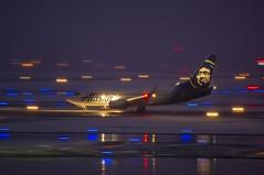 Alaska Airlines Boeing 737-790(WL) N612AS (MIDEXJET (Thank you for over 2 million views!)) Tags: milwaukee milwaukeewisconsin generalmitchellinternationalairport milwaukeemitchellinternationalairport kmke mke gmia flymke alaskaairlinesboeing737790wln612as alaskaairlines boeing737790wl n612as boeing boeing737790 boeing737700 boeing737 737 737700 737790 wisconsin unitedstatesofamerica