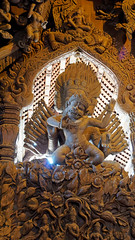 2019-02-17_11-14-11_ILCE-6500_DSC09641_DxO (Miguel Discart (Photos Vrac)) Tags: 2019 66mm boudha buddhism buddhisttemple createdbydxo culte dxo e18135mmf3556oss editedphoto focallength66mm focallengthin35mmformat66mm golfedethailande highiso holiday ilce6500 iso6400 lieudeculte pattaya placeofworship prasatsajjatham sanctuaryoftruth sony sonyilce6500 sonyilce6500e18135mmf3556oss statue temple thailand thailande travel vacances voyage worship