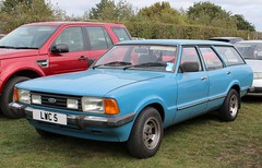 LWC 5 (2) (Nivek.Old.Gold) Tags: 1982 ford cortina 16 l estate mk5 frenchs
