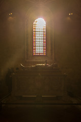 holy lights (Vincenzo.42) Tags: light luce flare porto portugal grave marmo marble church chiesa