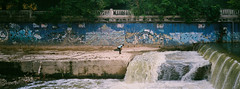 (Hem.Odd) Tags: kualalumpur malaysia olympusxa3 agfavista400 river canal riveroflife graffiti