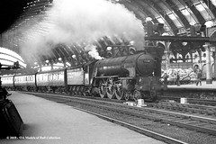 c.06/1964 - York. (53A Models) Tags: britishrailways lner peppercorn a1 462 60128 bongrace steam ecs york train railway locomotive railroad