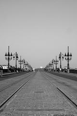 DSCF2068 (LexomIA) Tags: bordeaux street urbain bw nb streetphotography