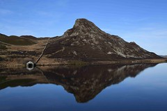 Mirrored (PhotoCet) Tags: photocet wales lake cregennanlakes mirror calm mountain boathouse