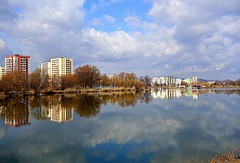 clouds in the lake (majka44) Tags: mirror reflection sky blue water lake 2019 light day košice slovakia tree building architecture landscape grass atmosphere walk cloud