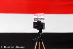 Kundgebung in Berlin gegen den Krieg im Jemen (tsreportage) Tags: berlin demonstration fahnen flaggen frieden jemen jemeniten kundgebung mitte montagsmahnwache potsdamerplatz querfront saudiarabia saudiarabien yemen yemeni demo flags peace rally war germany deu