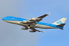 """City of Vancouver"" KLM Royal Dutch Airlines PH-BFV Boeing 747-406M cn/28460-1225 ""FV-039"" @ Kaagbaan EHAM / AMS 26-12-2015 (Nabil Molinari Photography) Tags: cityofvancouver klm royal dutch airlines phbfv boeing 747406m cn284601225 fv039 kaagbaan eham ams 26122015"
