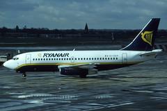 EI-CKP (Ryanair) (Steelhead 2010) Tags: boeing ryanair b737 b737200 eireg eickp