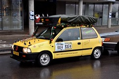 Start Carbage Run winter 2019 - Kopenhagen (FaceMePLS) Tags: kopenhagen copenhagen denemarken denmark scandinavië facemepls nikond5500 rally car voiture pkw wagen voertuig ttjb34 1998suzukialto carbageteam8374