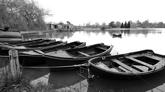 HEVER Castle, Kent, UK (claude 22) Tags: hevercastle kent uk hever castle kasteel schloss england engeland britain united kingdom country house angleterre chateau bw monochrome blanc white black noir