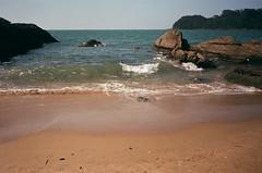 49840022 (josé tonetto) Tags: olympus trip 35 beach rocks brazil balneáriocamboriú santacatarina water sea nature analog analogue film