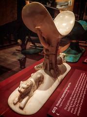 Ivory head rest supported by the air god Shu 18th dynasty New Kingdom Egypt (mharrsch) Tags: kingtut tutankhamun artifact treasure exhibit tomb egypt 18dynasty newkingdom discoveryofkingtut omsi oregonmuseumofscienceandindustry portland oregon mharrsch
